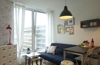 Double room apartment near Friendrichstr.